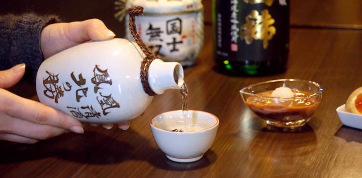 Как правильно пить саке: советы от VINTAGE