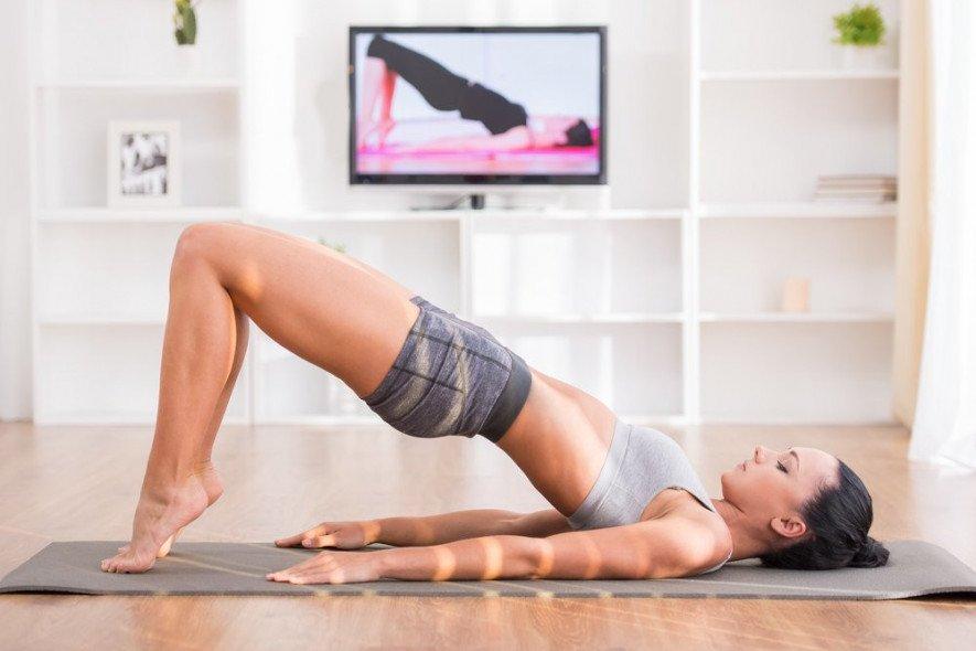 60a25947f0d70 - Як займатися спортом вдома: поради і лайфхаки