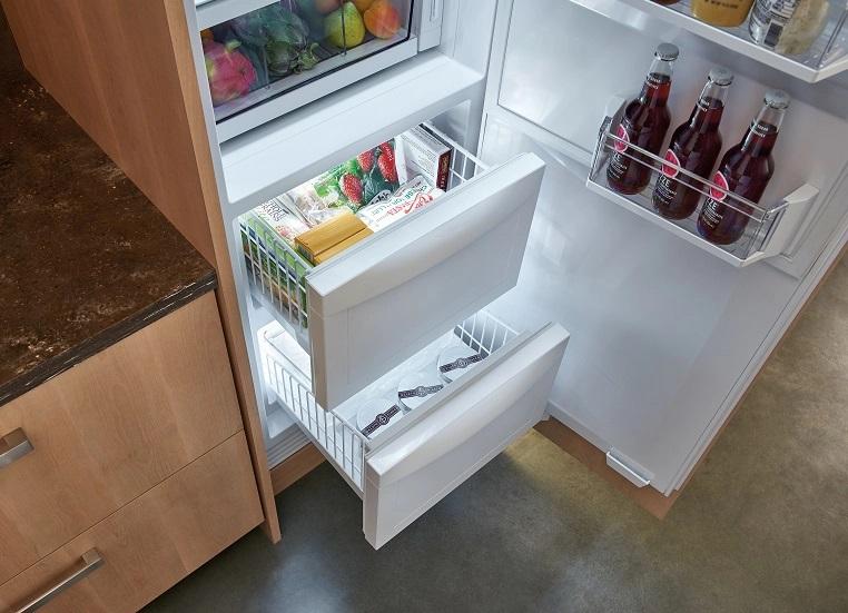Частое открывание дверцы холодильника